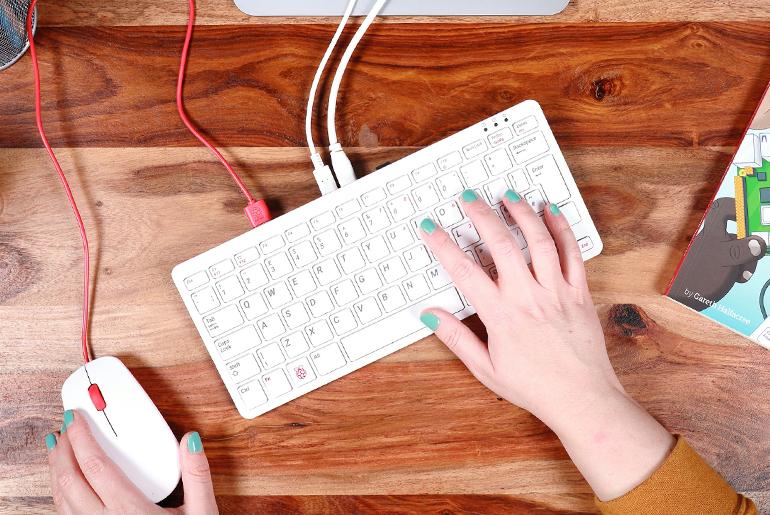 Klavyeden PC Olur mu?
