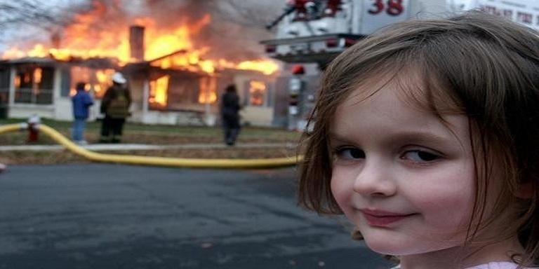 """""""Disaster Girl"""" NFT ile Satıldı"""